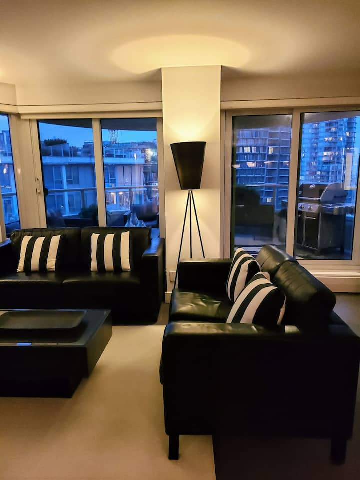 Luxurious 2Bedroom Penthouse In Coal Harbour DT