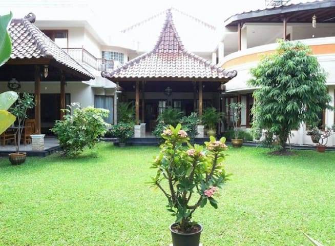 Narwastu Guest House