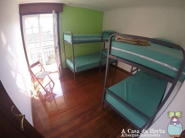 Dormitorio compartido en A Casa da Herba (Hab. 4)