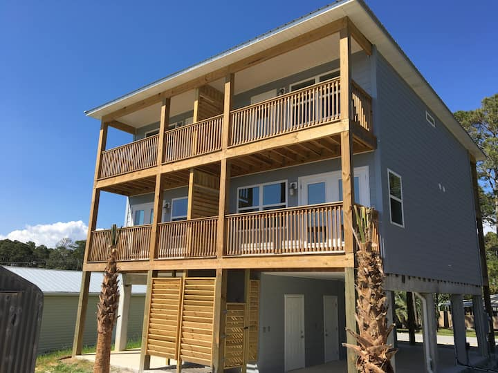 New 2BR in Mexico Beach -side1717