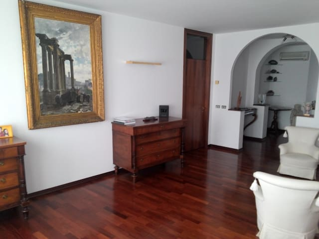 3 rooms with private bathroom each - Conegliano - Flat