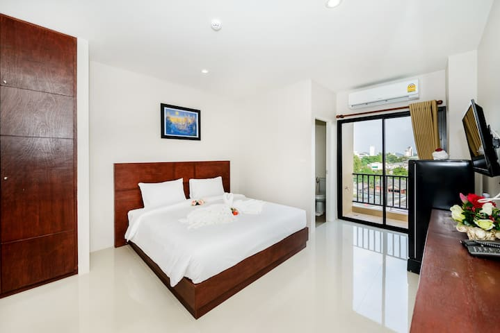 Double bed apartment in Phuket town