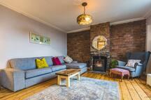 West End Loft Apartment Bedroom 1. (Ensuite)