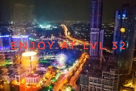 I-CITY JUNIOR SUITE/WiFi/NETFLIX/Theme Park view