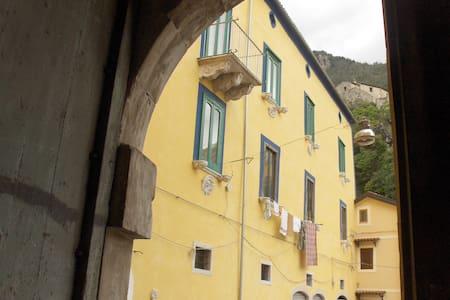 """Palazzo Grammatico """"Appartamenti per Vacanze"""" - Rumah"""