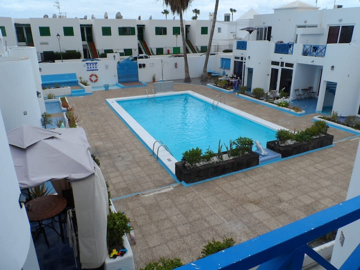 Upper Floor Dolphin Apartment