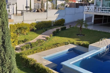 Casa de descanso con alberca Lomas de Comanjilla