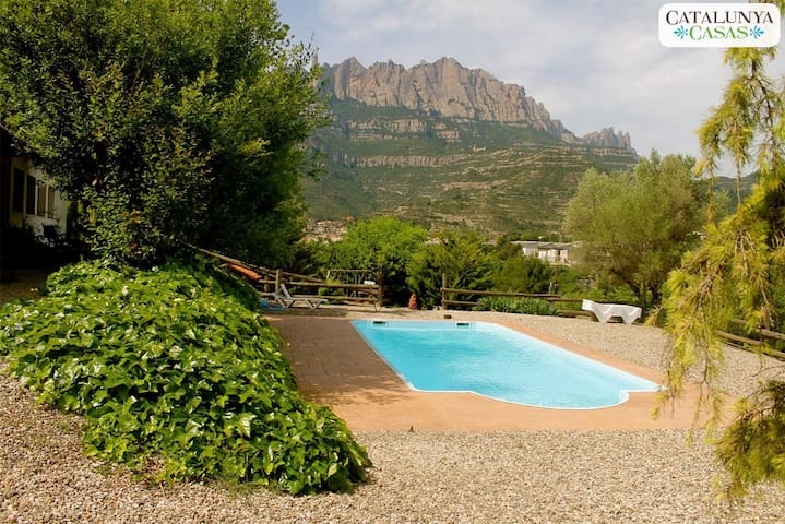 Mansion for 18 outside Bcn! - Monistrol de Montserrat - House