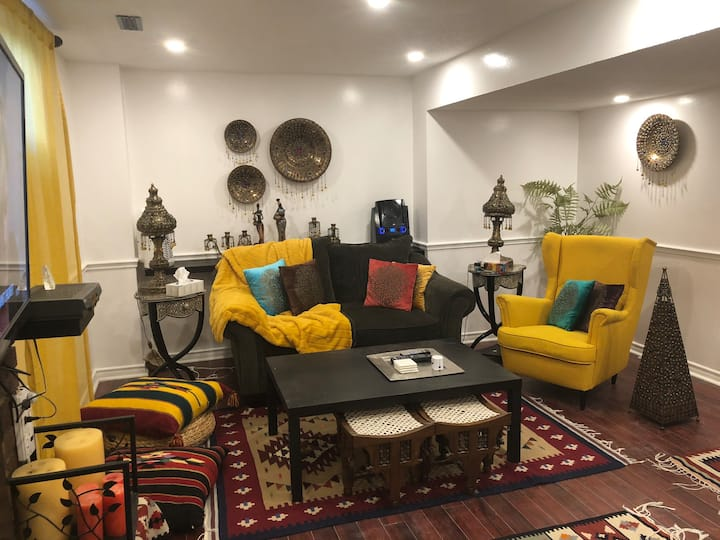 Hotel Style Furnished 1 Bedroom Basement Apartment