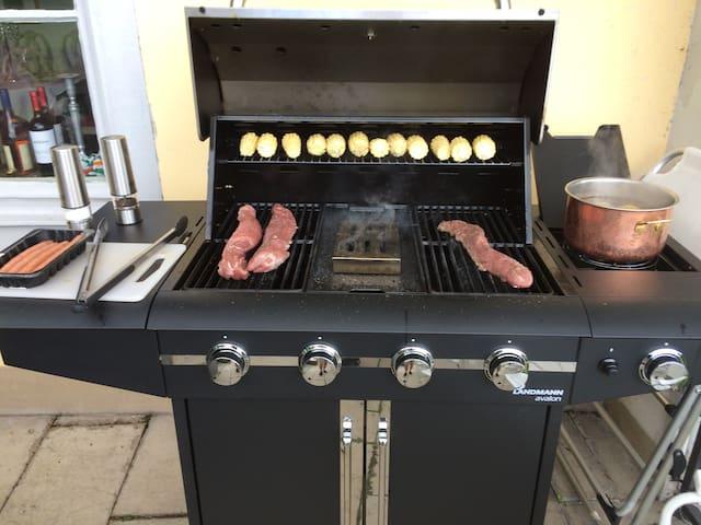 barbecue village örebro