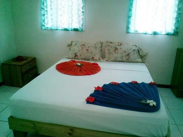 Sesilia Apartments Samoa  - Family Friendly