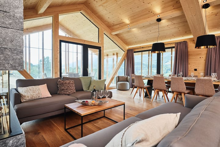 Luxurious suite near Hauser Kaibling with Jacuzzi