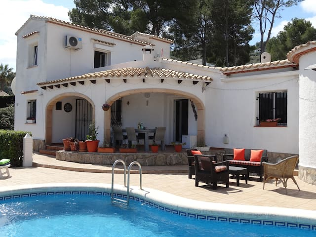 Villa, private pool, wifi, bbq, A/C, La Sella