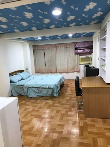 台北市信義區吳興街大套房 - Xinyi District - House