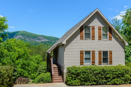 Large home, Hot Tub, Pool Table, Fire Pit, Views - Lake Lure - Ev