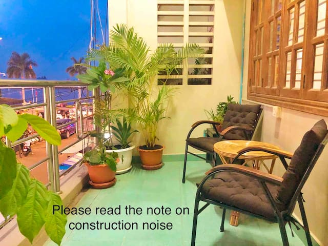 Balcony Riverview one bed self contained apartment