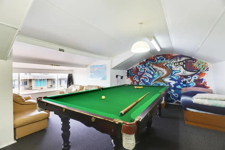 Wonderful Views Glenelg Beachfront w/Pool Table
