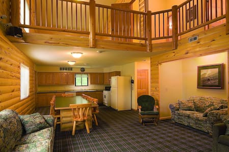 5 Bedroom Townhouse on Thanes River Mille Lacs