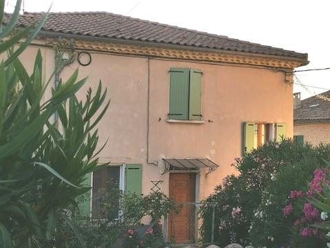 La campagne, La Provence,  La Durance, les cigales