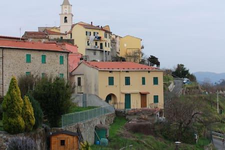Casa vacanze Val di Vara- 5 terre - Bracelli - Dom