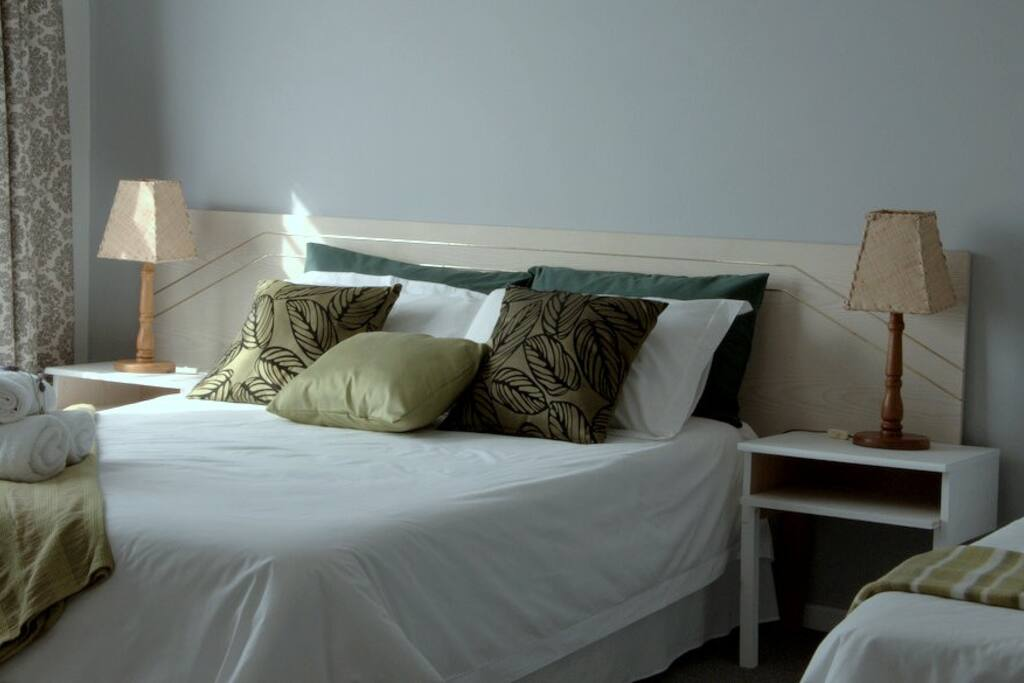 Triple Room (1 Double + 1 Single Bed)