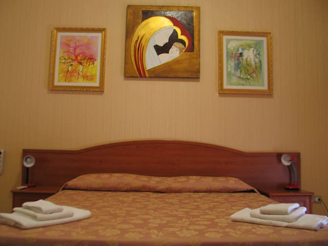 Hotel Bed & Breakfast MINU' - Paravati