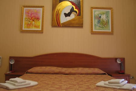 Hotel Bed & Breakfast MINU' - Paravati - Bed & Breakfast