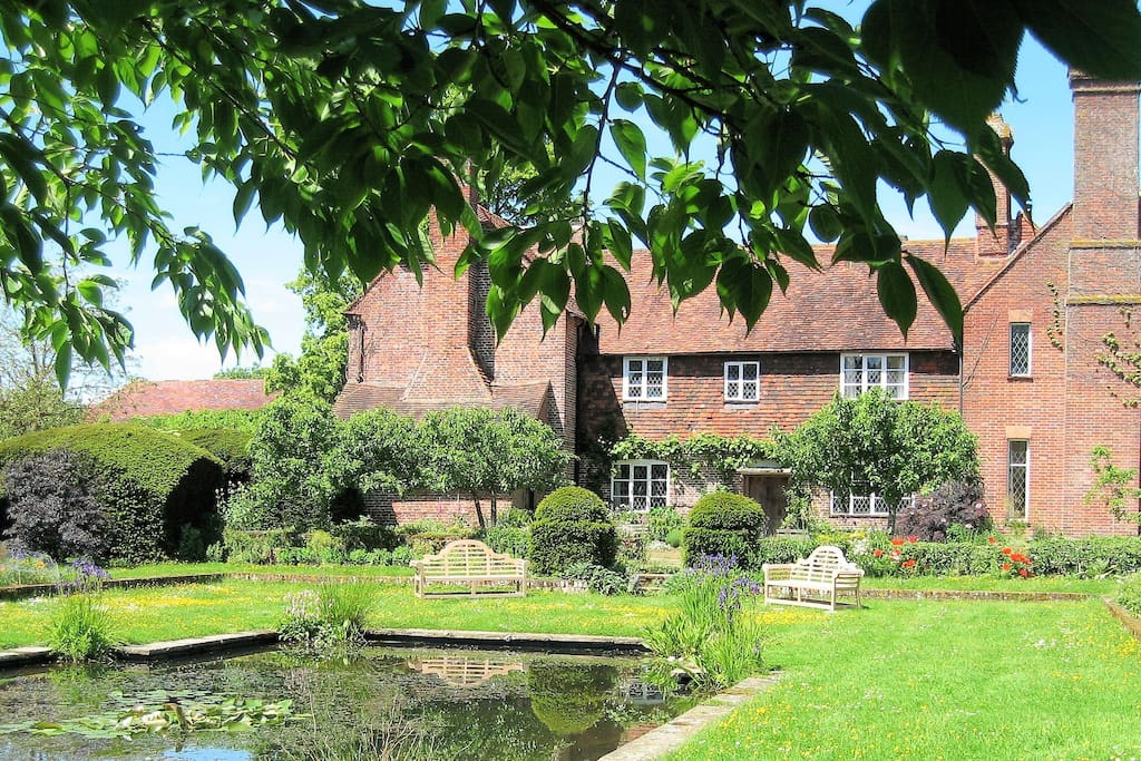 Bore Place House - Farm stays for Rent in Kent, England ...