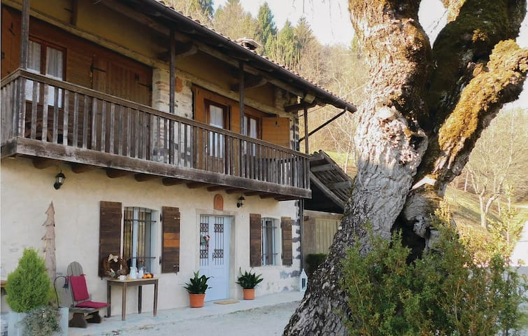 Terraced house with 2 bedrooms on 75 m² in Pedavena (BL)