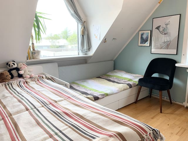 Bedroom with two singelbeds