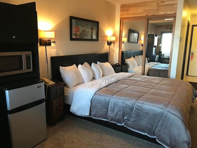 Granby Resort Style King Suite Winter Park (15)