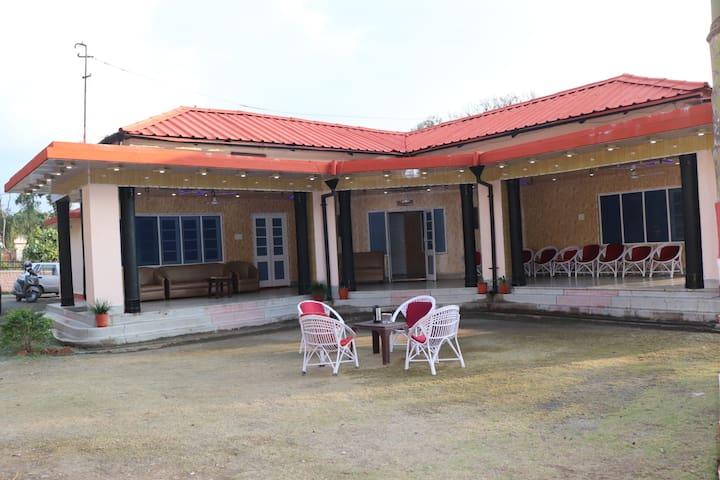 Hotel Rajpur Resort
