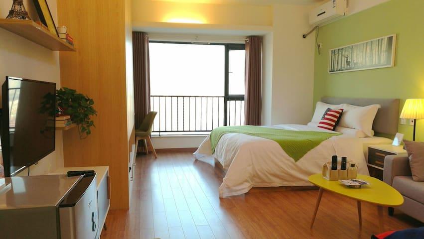 高新路科技路地铁站附近高新一中斜对面一居室01,点击图像选择其他房间 - Xi'an - Apartamento