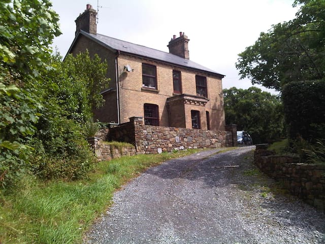 Gower View- self-catering ground floor apartment