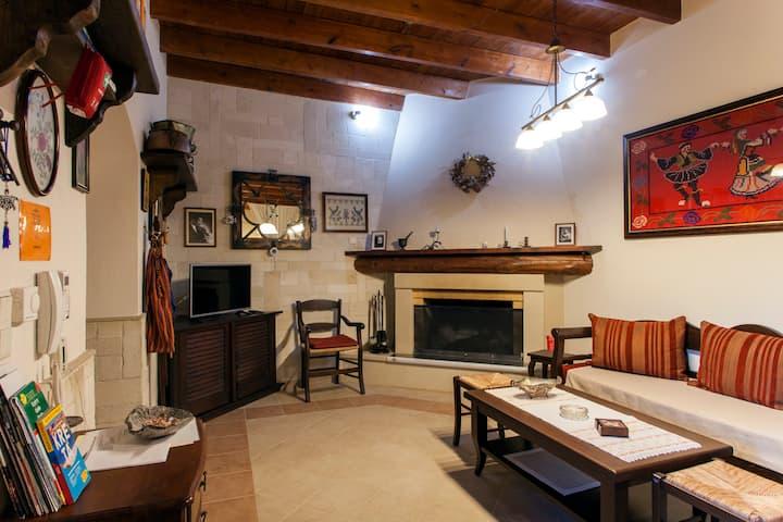 Alfa's Home!! Traditional Maisonette!