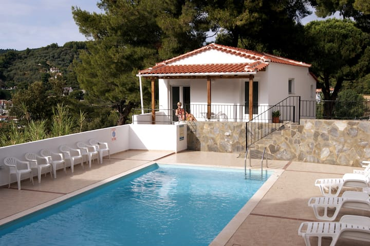 Beautiful Charming Private Villa for 4 guests