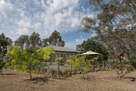 Haven on Barkers Studio - Castlemaine