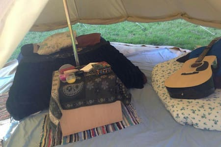 4 m bell tent with bedding - Cawsand