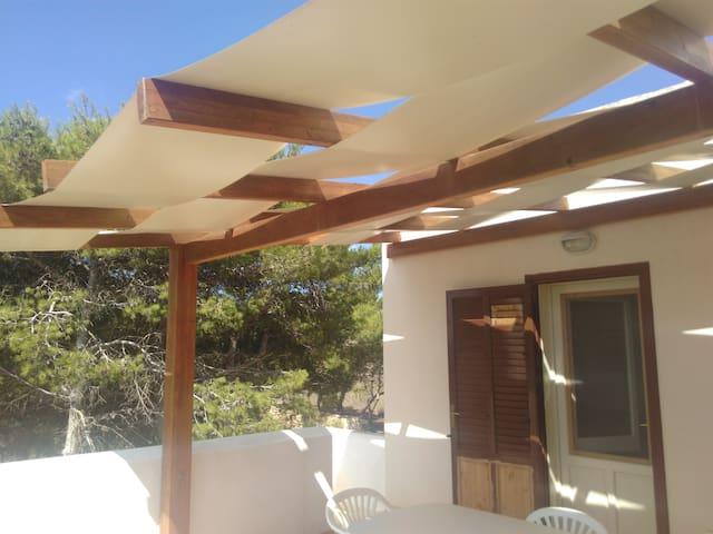Romantico appartamento a Cala Azzurra - Favignana - Dom wakacyjny