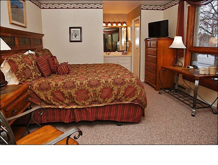 Master Bedroom - King, HDTV, Private Bathroom.