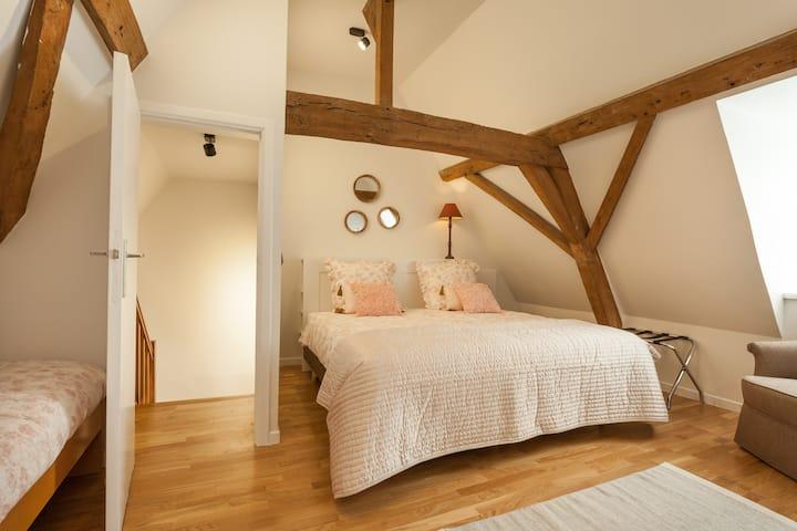 Duplex kamer met kichenette centrum Poperinge 5p