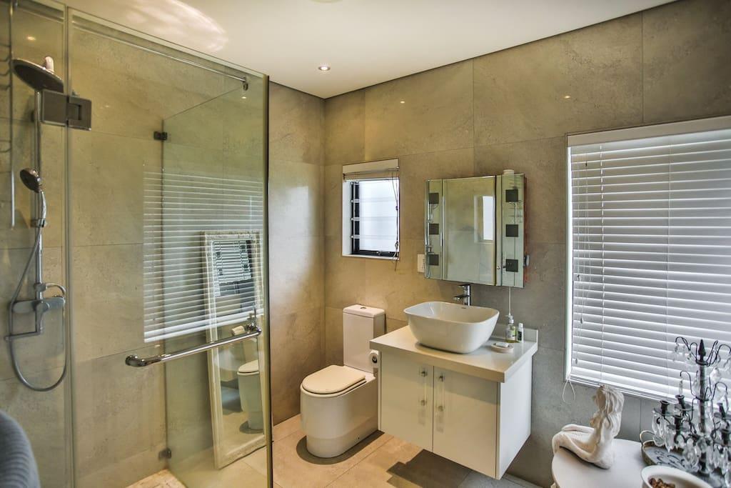 En-suite bathroom, with shower