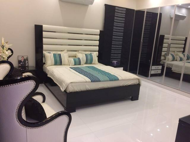 Luxurious 2b/r apartment in Bahria Canal Heights