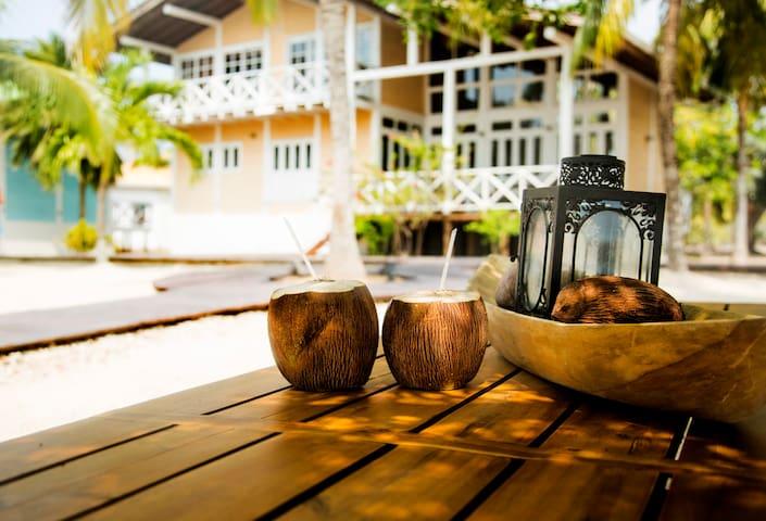 Peaceful Island Getaway (2 cabañas) - Barú - Villa