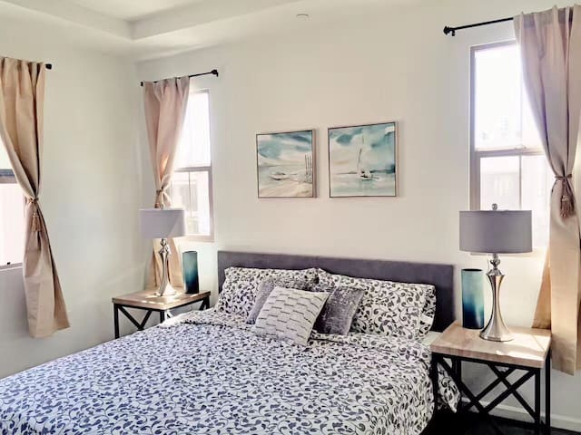Irvine two bedrooms two baths condo