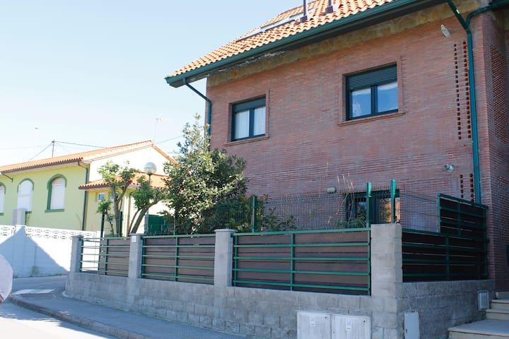 Casa para 4-7 pers. a 1500m playa - Cantabria - Appartement