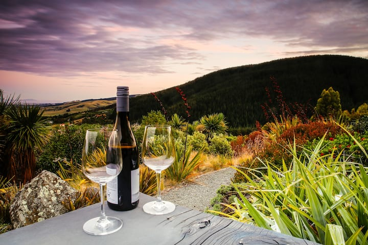 The Master Suite | Romance In The Port Hills