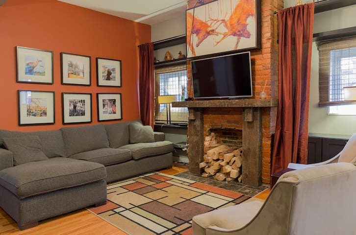 Award Winning Apartment in Little Italy