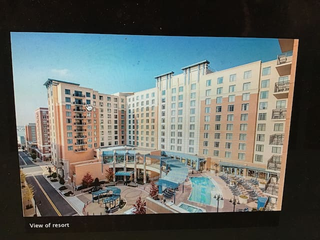 Wyndham Nat'l Harbor. Booking 2020 dates only