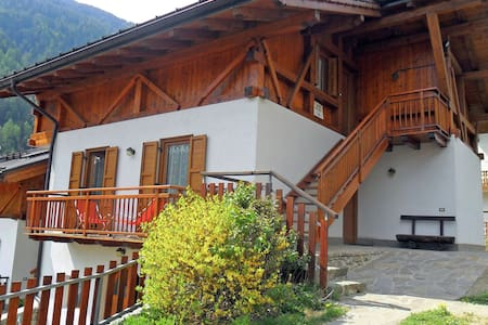 Lovely Apartment in Celledizzo with Sauna, Terrace, Garden